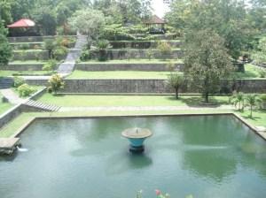 Taman Air Awet Muda Narmada ~ Lombok Barat